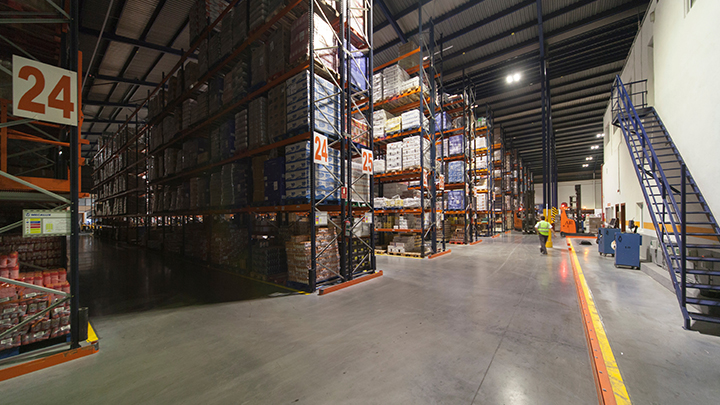 Philips Lightings GreenWarehouse-lagerbelysning kan halvere energiregningen på dit lager